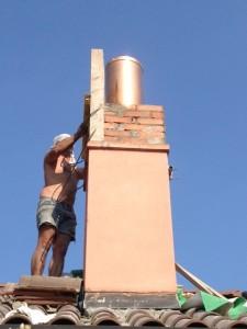 Installazione canna fumaria col muratore