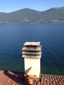 comignolo sul Lago Maggiore